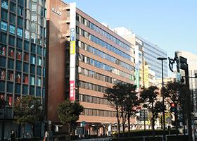 横浜駅からソフトキャンパスに向かったときの外観画像
